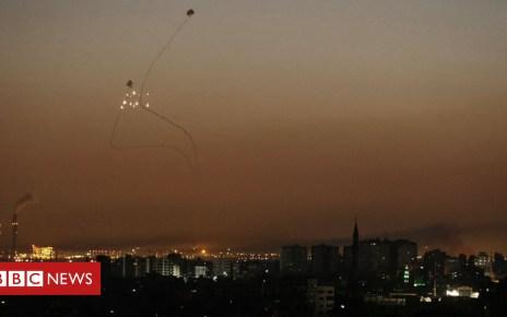 102121242 047580085 - Israeli jets strike Gaza after rocket and mortar fire