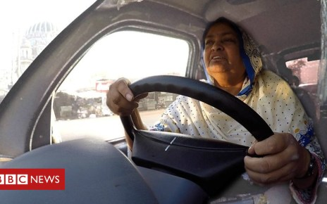 102147196 p06bqnkf - 'How a bus saved my life': Life as a widow in Pakistan