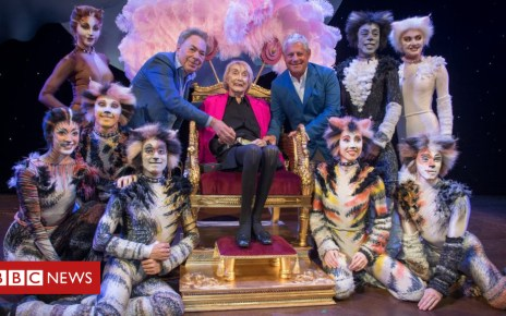 102163755 1.l randrewlloydwebbergillianlynnecameronmackintoshphotobycraigsugden - West End theatre renamed after Cats choreographer Gillian Lynne