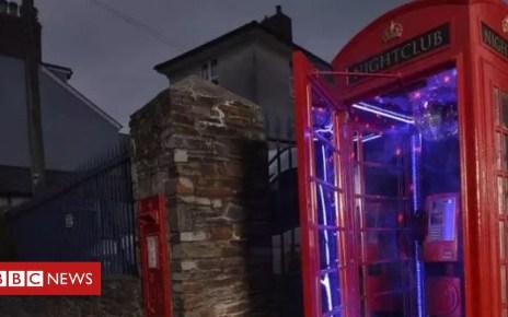 102171882 phonebox - Apology for Kingsbridge phone box nightclub damage