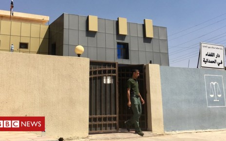 97629371 wideofninevahcriminalcourt sittingatqaraqosh al hamdaniyacourthouse - Iraq executes 12 for terrorism after IS captives found dead