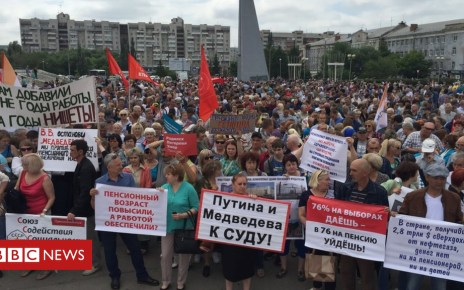 102282509 mediaitem102268278 - World Cup fails to mask Russian anger over pension reform
