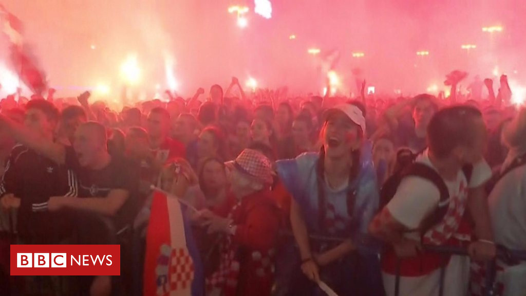 102485540 p06dhnvj - Croatia fans celebrate World Cup semi-final win over England