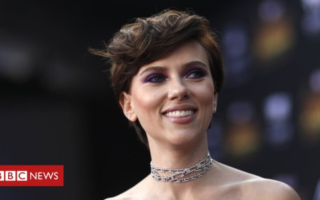 102522888 hi046376583 - Scarlett Johansson quits trans role after LGBT backlash