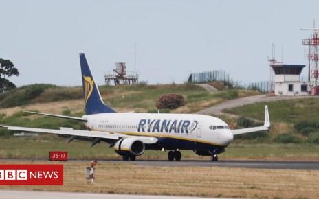 102582773 ryanairlisbon - Ryanair cancels 600 flights over cabin crew strike