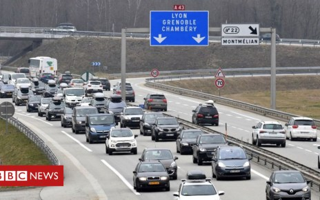 102601995 de32 - Brexit: Watchdog warns of need to issue driving permits