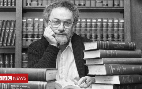 102626042 gettyimages 515427636 - Obituary: Adrian Cronauer - the real Good Morning, Vietnam DJ
