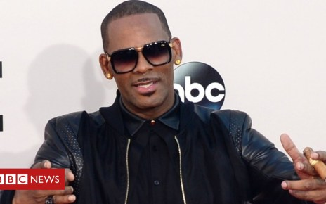 102661257 kelly1 2013 afp - R Kelly: 'I Admit' released against sex allegations