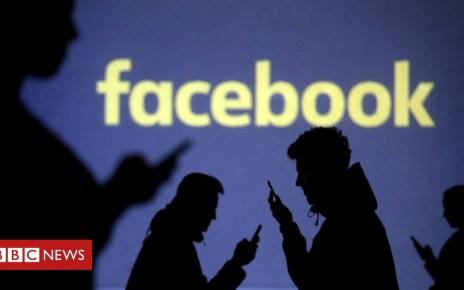 102693200 hi046637874 - Facebook shares slump 20% after growth warning