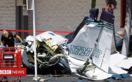 102842664 mediaitem102842663 - Santa Ana plane crash: Five dead as plane hits car park