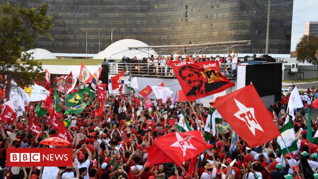103032554 048685779 - Lula registered as Brazil presidency candidate