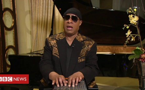 103062139 p06hrks4 - Aretha Franklin: Stevie Wonder on last meeting with soul singer