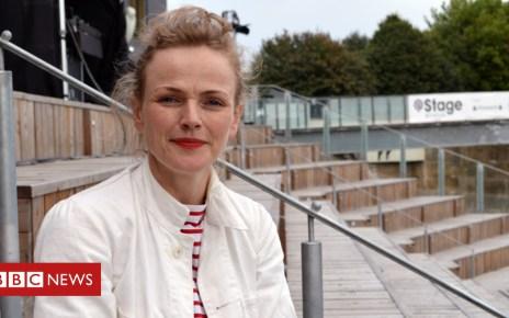 98474579 max - Maxine Peake: Actress hits back over NHS ad 'hypocrisy' claim