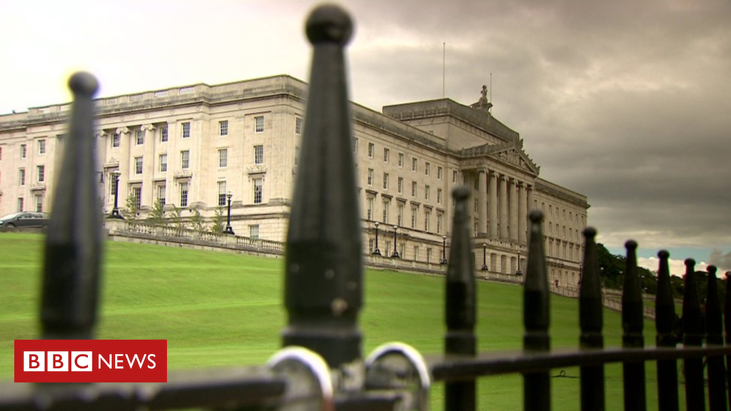 98477264 1a1 10 - Stormont stalemate: Who's calling the shots on policy?