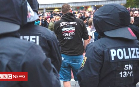 103262313 hi049003961 1 - Rival protesters return to Germany's streets