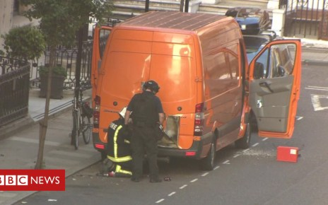103276354 vangrab - BBC Broadcasting House sealed off as police investigate a suspicious van