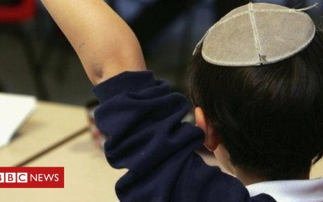 103323282 jewishschoolchild - Chief Rabbi publishes first LGBT guide for orthodox schools