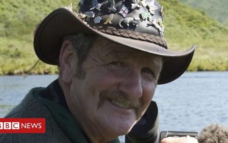 103335647 crowdfund2 - Wildlife presenter Johnny Kingdom killed by digger