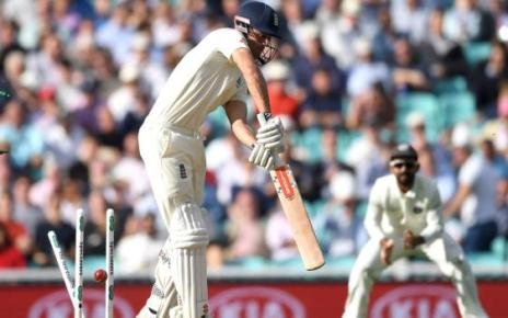 103340773 cookgetty3 - England v India: Alastair Cook hits half-century in final Test
