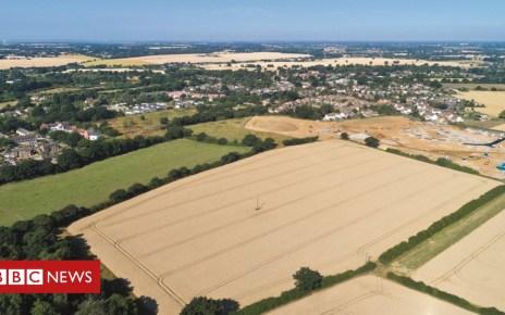 103380313 mediaitem103380312 - £200m farmland sale to test Brexit effect on prices