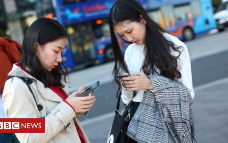 103483465 phones - Millions overcharged for mobile contracts
