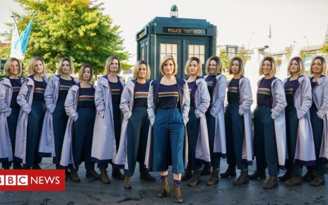 103555461 16604380 low res doctor who series 11 - Doctor Who: Jodie Whittaker lands in Sheffield for red carpet premiere