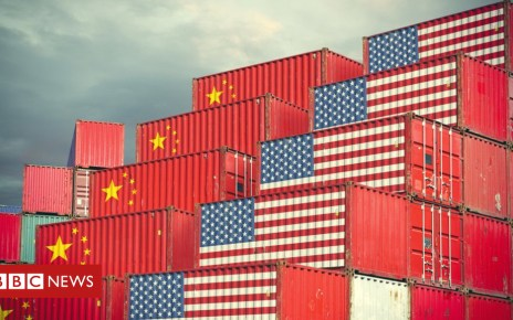 103550093 china us containers - US shies away from calling China a currency manipulator