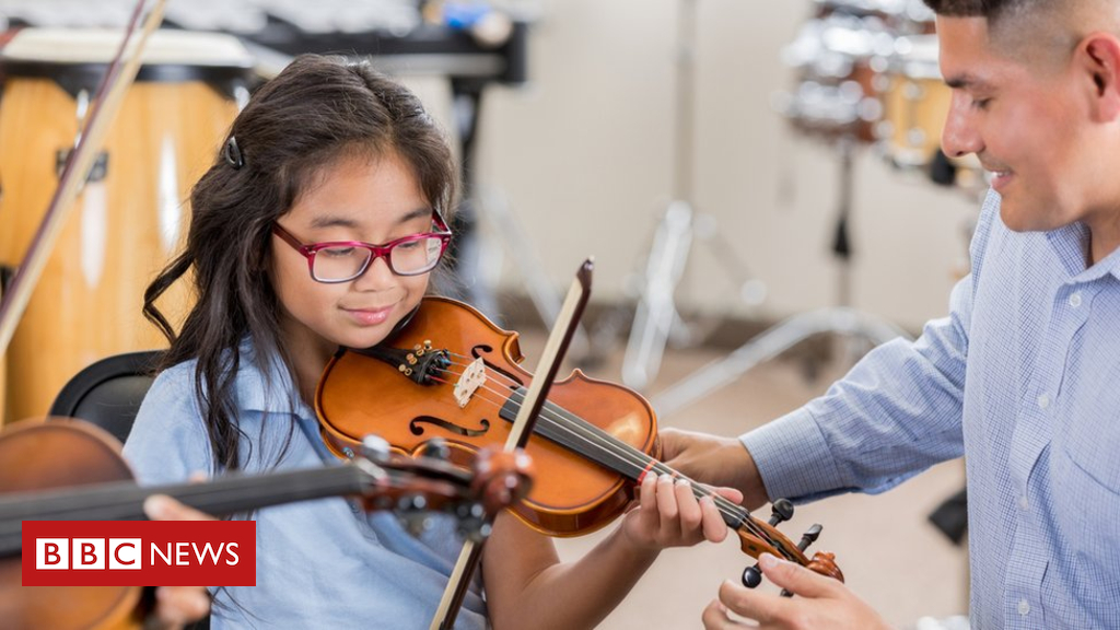 103765550 music2 - All school music lessons 'should be free', MSPs say
