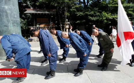 103807596 048674431 1 - Yasukuni Shrine: Chief priest to quit after criticising Japan's emperor
