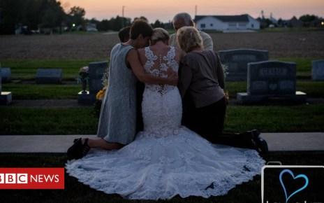 103827645 jessicafamilyshot - Widowed bride's final photos with her groom