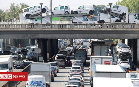 103921782 mediaitem103921781 - France proposes congestion charges in big cities to tackle pollution