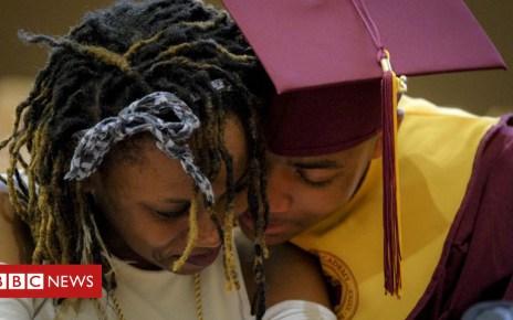 104075561 graduates - Do schools help or hinder social mobility?