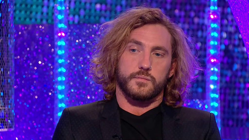 p06nhsll - Mixed reactions to Seann Walsh Strictly apology