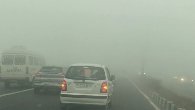 1541418605 36 Delhi panic over toxic air ahead of Indian festival Diwali - India air pollution: Will Gujarat's 'cap and trade' programme work?