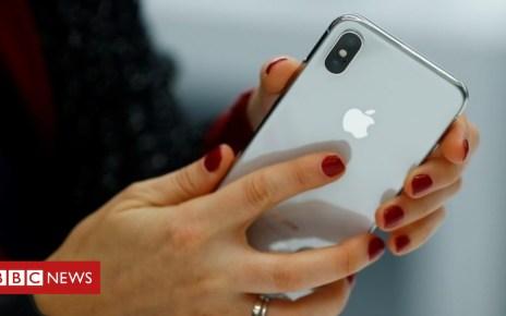 104121691 mediaitem104112270 - Brexit: UK government's battle with Apple over EU citizens app
