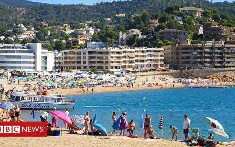 104194883 spanishhols - Ministers deny planning no-deal Brexit holiday warnings