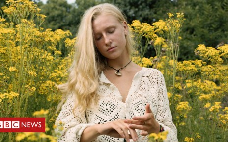 104206619 katiesilvester billiemarten - Billie Marten: Why nobody's looking at the teenage star
