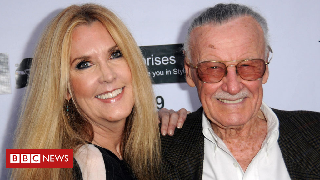 104334395 jclee1 getty - Stan Lee was working on final superhero Dirt Man with daughter, she says