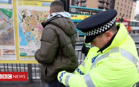 99158454 2e4ac572 cb1b 4296 8ca5 45970cbd5a1e - Knife crime: Should stronger stop and search powers be used?