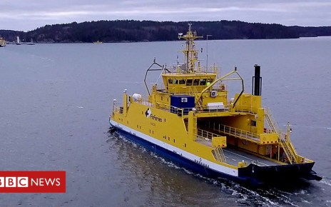 104562019 p06tb3rr - The ferry using Rolls-Royce technology that sails itself