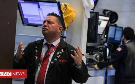104620807 hi050971685 - Wall Street shares drop as yield curve causes alarm