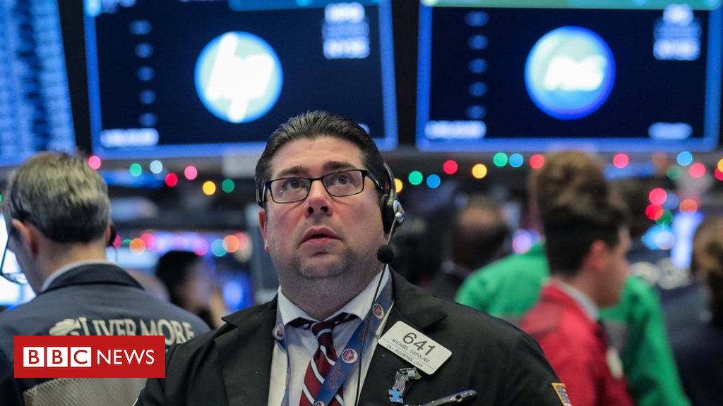 104694842 hi051050894 - Wall Street ends lower after a down week