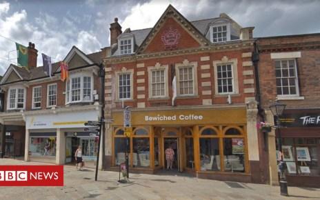 104705698 capture - Wellingborough evacuated after 'suicide vest' dumped
