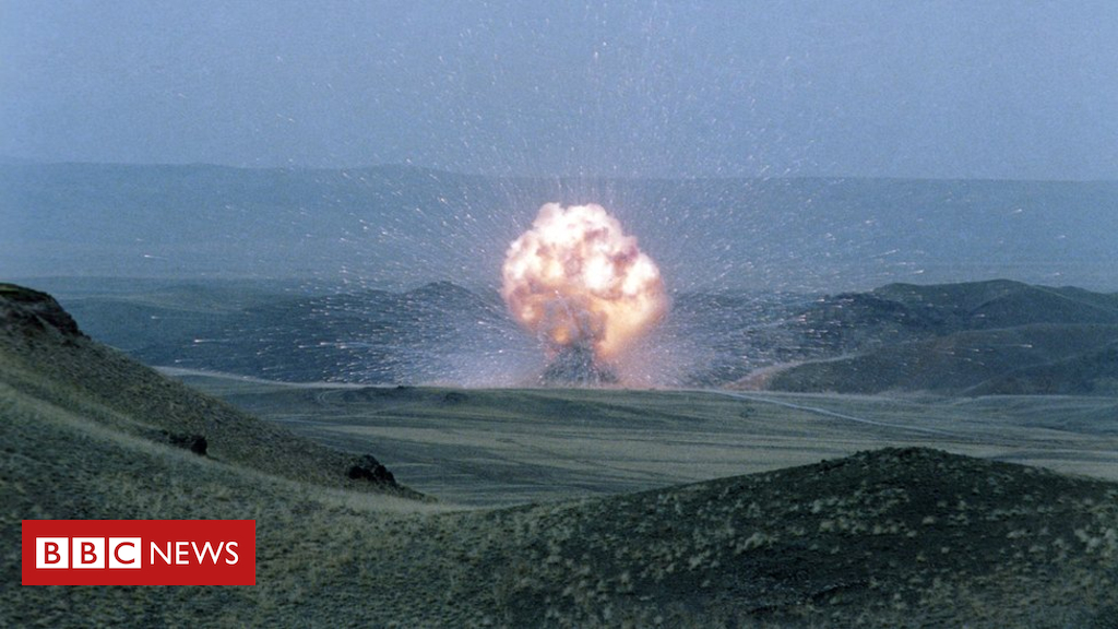 104715499 gettyimages 522581720 - Is nuclear disarmament set to self-destruct?