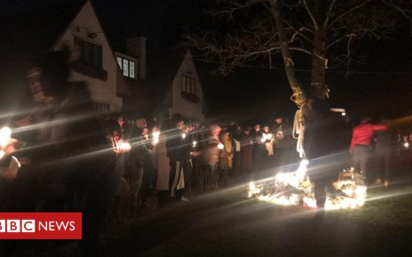 104756504 vigil - Grace Millane: Wickford vigil for murdered backpacker
