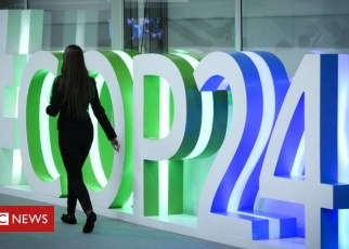 104797359 gettyimages 1071610394 - UN climate talks extended due to sticking points in Poland