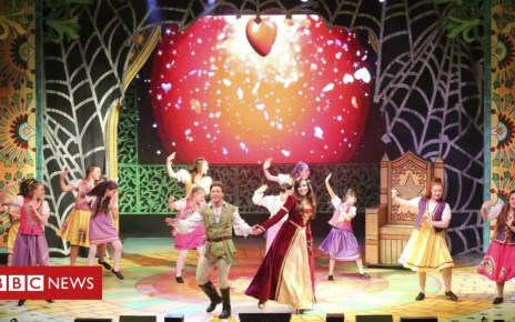 104876231 0094 - Five things I learned at my first ever panto