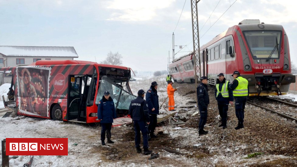 104915245 hi051283708 - Serbia train crash: Five dead as student bus cut in half