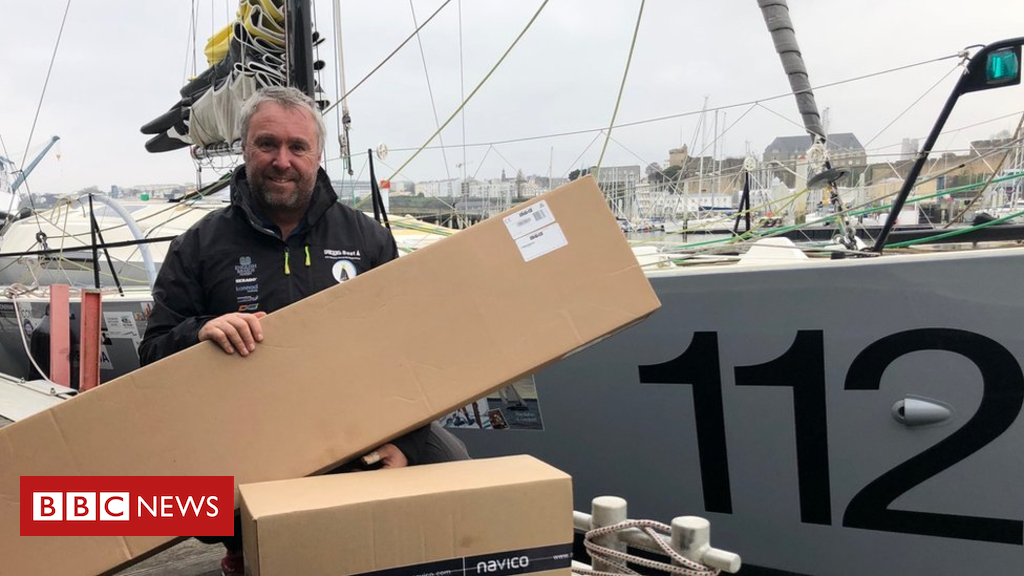104980697 alex - Sailor restarts crowd-funded 'Pixel' round-the-world record bid