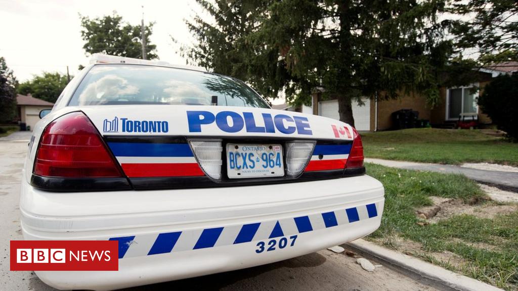 99007981 hi043302952 - Report reveals 'gross' racial disparity in Toronto policing